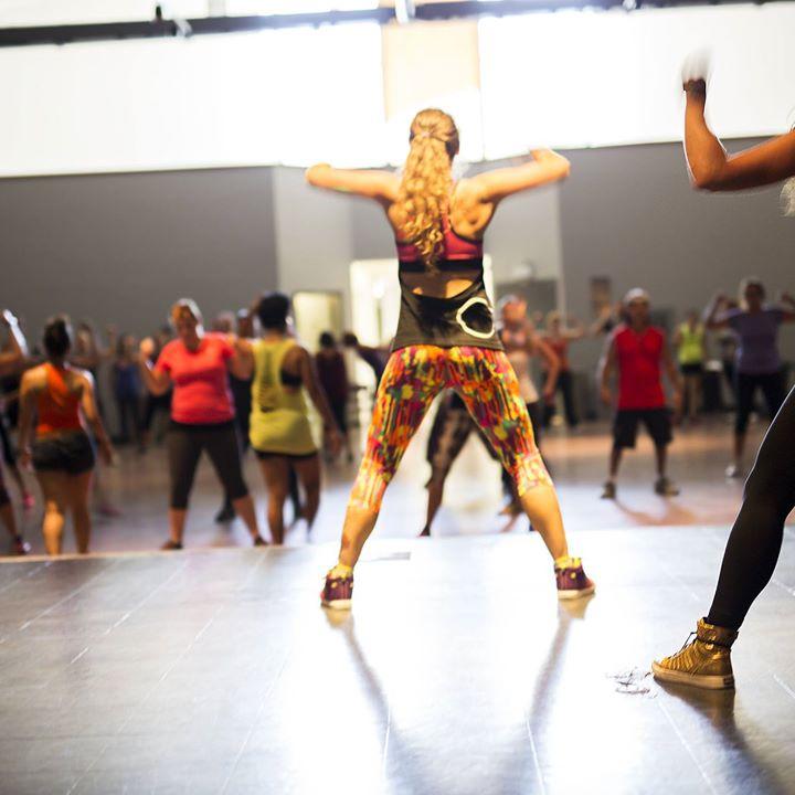 Viikonloppuun saa hyvän alun Josen Latinmix tunnilta – baila-baila Tänään Sakarinmäessä klo 18-19