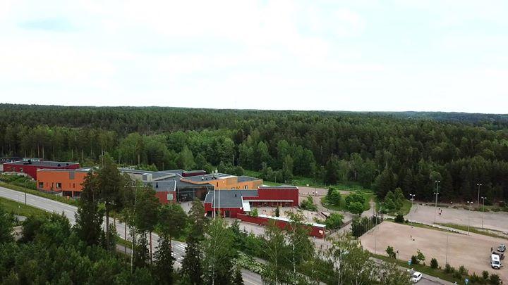 ÖSSIN ENNAKKOINFO ️ Össi järjestää Sakarinmäen koululla koululaisille liikunnalliset ÖssiGym liikuntaleirit kesäkuun alussa viikoilla…