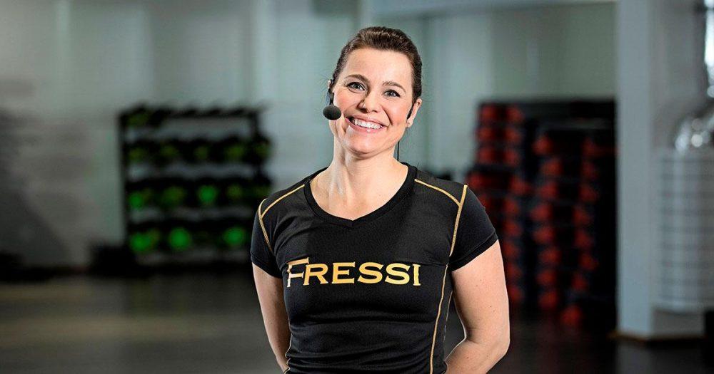 FressiTV:ssä on veloituksettomat, suomenkieliset LIVE-ryhmäliikuntatunnit🆓 PE Fressin ilmaiset livelähetykset ️ Peppu30 by Fressi 30min…